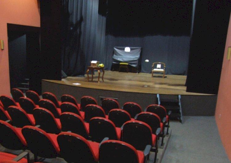 Teatro da UBRO